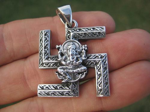 Photo Silver Ganesh Swastika Pendant Front View
