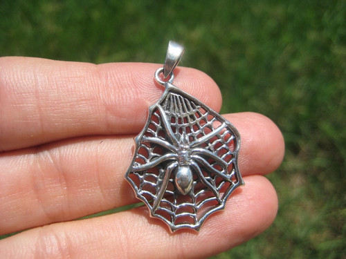 925 Silver spider pendant black widow necklace jewelry art A2