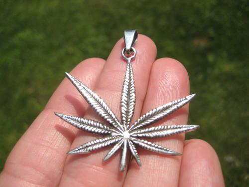 925 Silver Marijuana Pendant Image 1