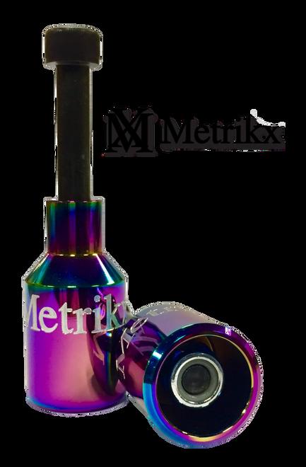 Metrikx Thunder Pegs NeoChrome With Black Axle