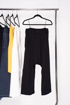 Pantalon Tiro Bajo en tejido de punto negro