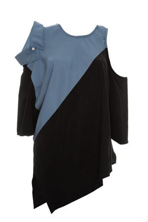 Blusa triple escote con cuello camisero en combinacion tencel