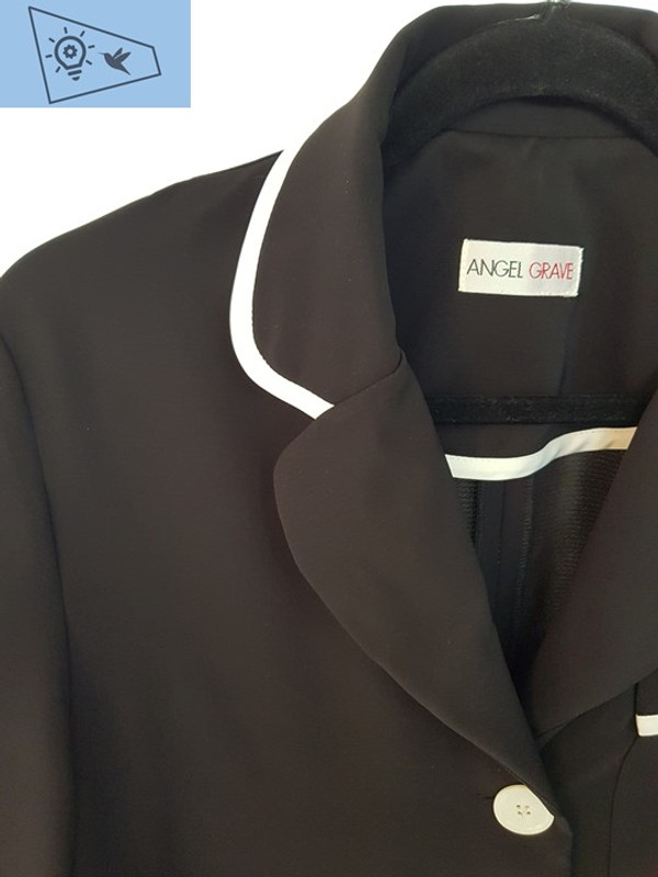 Detalle de chaqueta Angel Grave
