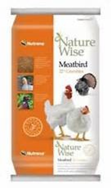 Nature Wise Meat Bird Crumble Feed, 22%, 40 Lb