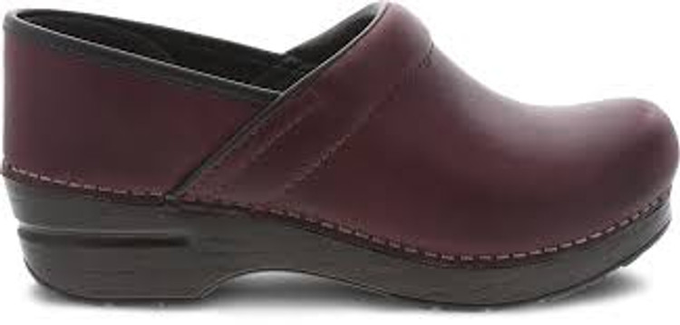 Dansko Pull Up Oil Plum