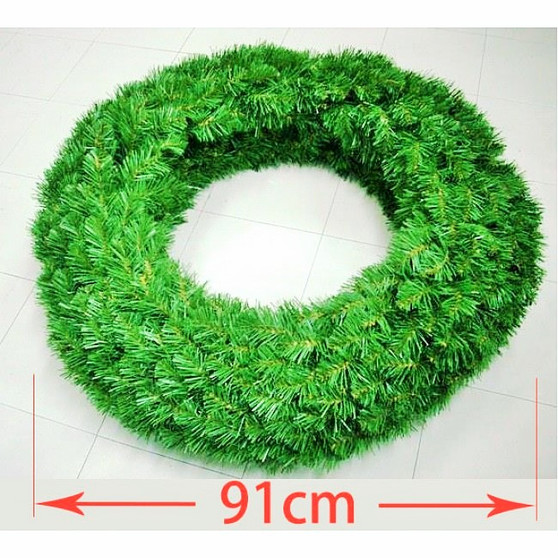 Double Sided Alberta Spruce Wreath 91cm