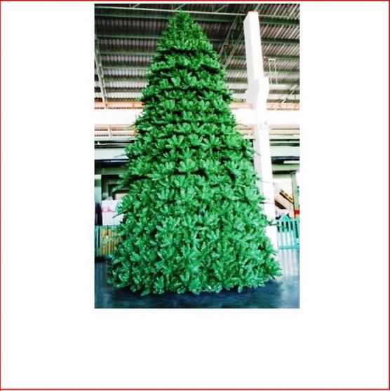 Paramount Spruce Christmas Tree Indoor 12m