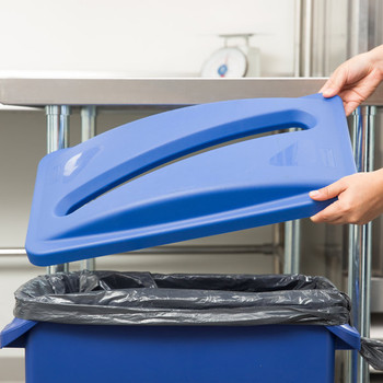 Rubbermaid FG270388BLUE