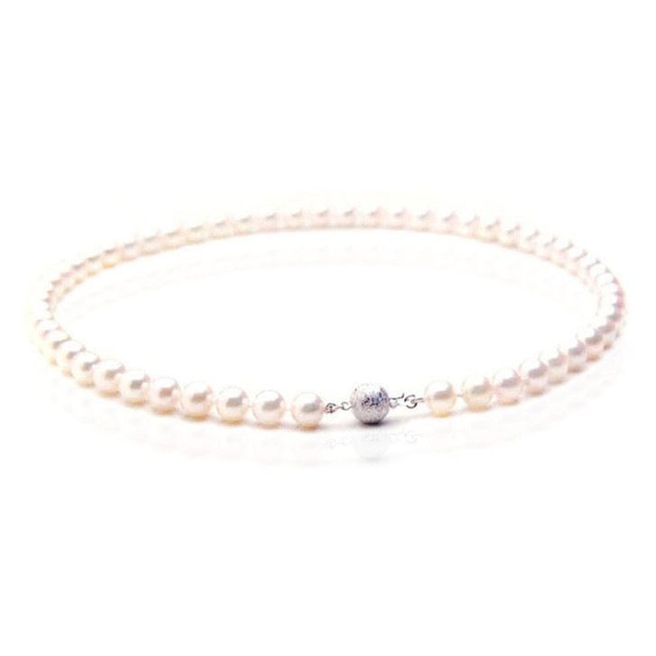 AN021 (AAA 7.5-8mm Japanese Akoya Saltwater Pearl Necklace  gold clasp )