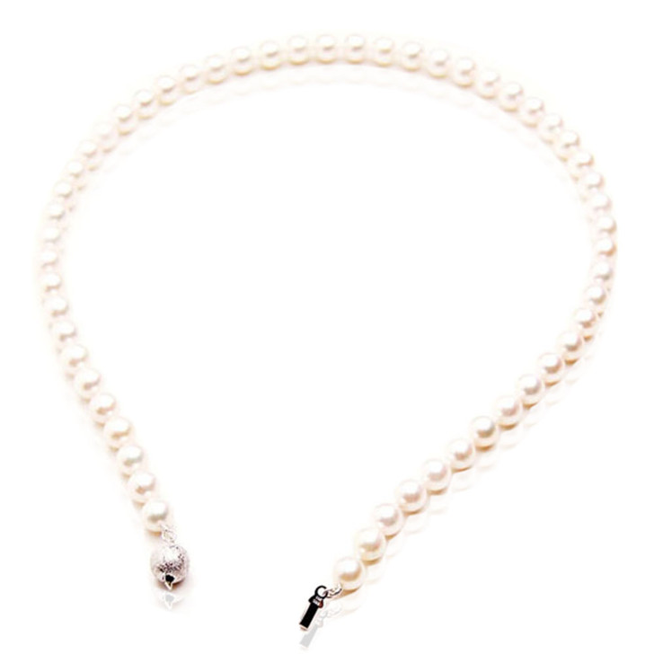 AN023 (AAA 7.5-8mm Japanese Akoya Saltwater Pearl Necklace  gold clasp )