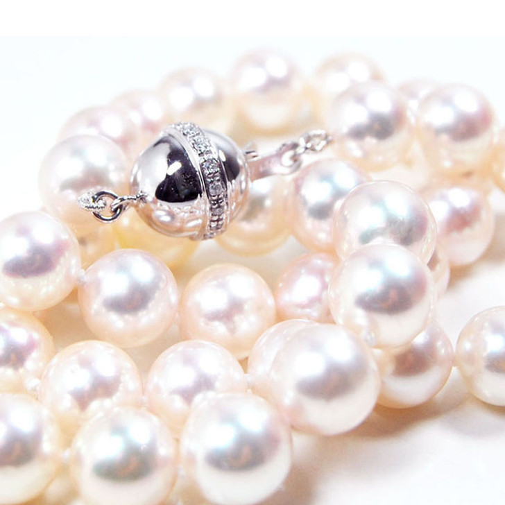 AN033 (AAA 8.5-9mm Japanese Akoya Saltwater Pearl Necklace  diamond clasp)
