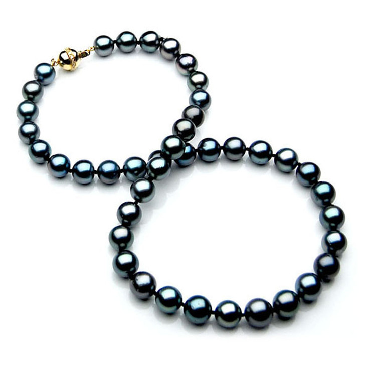 TN002 (AAA 9-11 mm Tahitian Black  Pearl Necklace 18k Yellow gold Diamond  clasp )