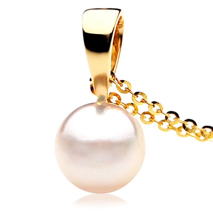 AP002b  (AAA 8.5-9 mm White Japanese Akoya Saltwater Pearl Pendant In 18K Gold)