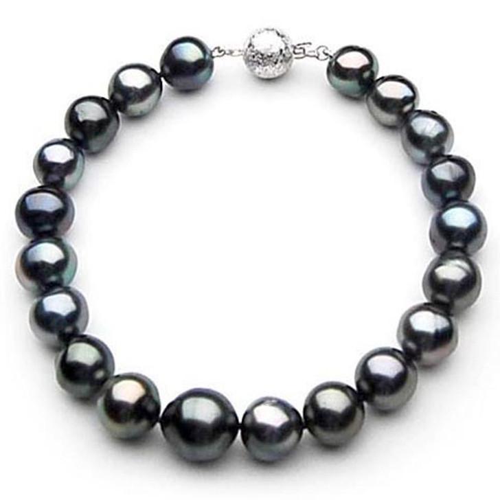 TB041 (AA 9-11 mm Tahitian Black Pearl Bracelet 18k White gold clasp 18cm )