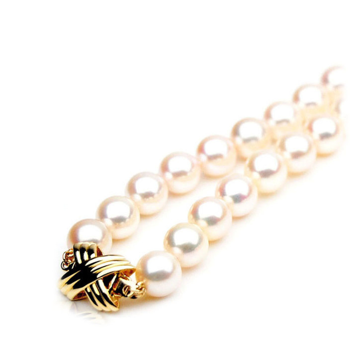AN038 (AAA 8.5-9mm Japanese Akoya Saltwater Pearl Necklace gold clasp )