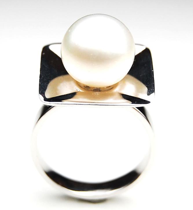 SR080 (AA 12mm Australian south sea White pearl Ring in Silver)