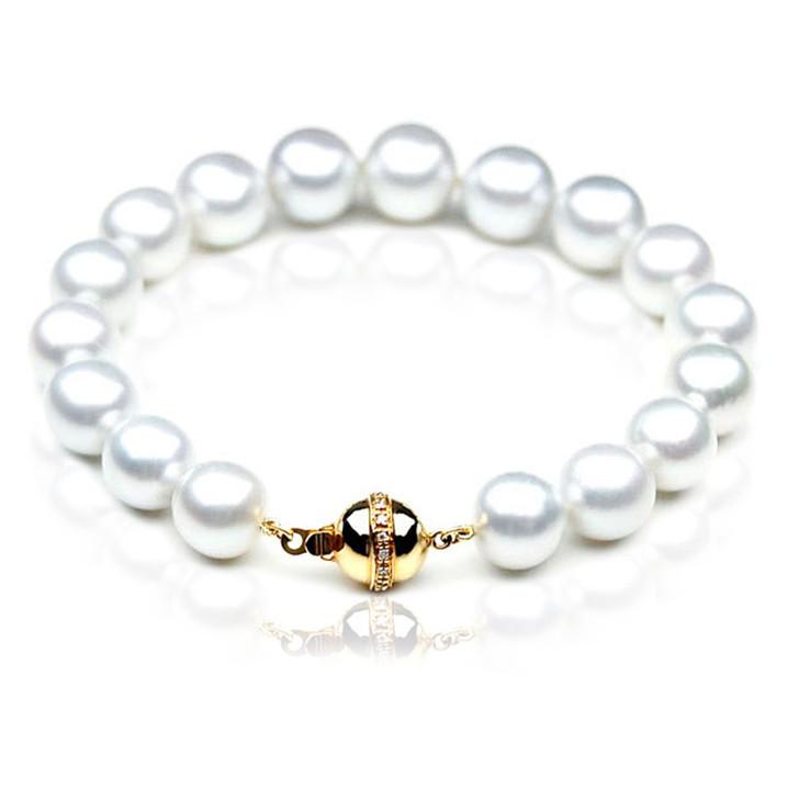 SB002 (AAA 9-11 mm Australian South Sea Pearl Bracelet 18k gold Diamond  clasp )