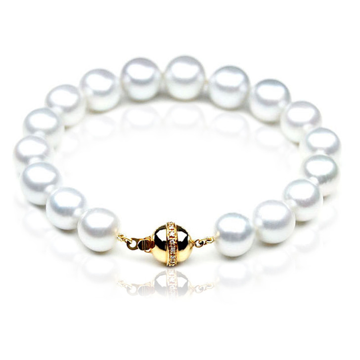 SB002 (AAA 9-11 mm Australian South Sea Pearl Bracelet 18k gold Diamond  clasp )