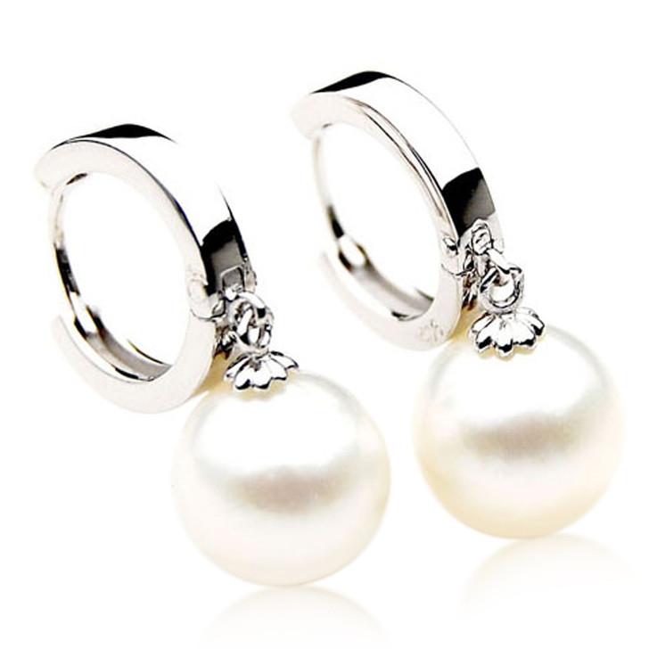 SE113  (AA 11mm Australian South Sea Pearl Earrings in Silver)