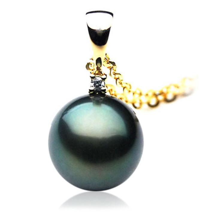 TP014 (AAA 11mm Tahitian Black pearl Pendant and Diamonds in 18k Gold)