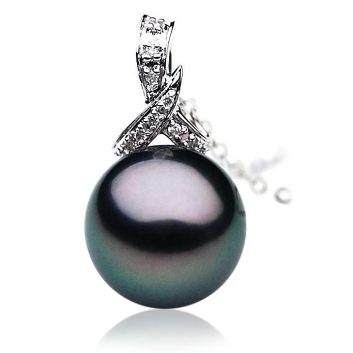 TP023 (AAA 12mm Tahitian Black pearl Pendant  and Diamonds in 18k White Gold)