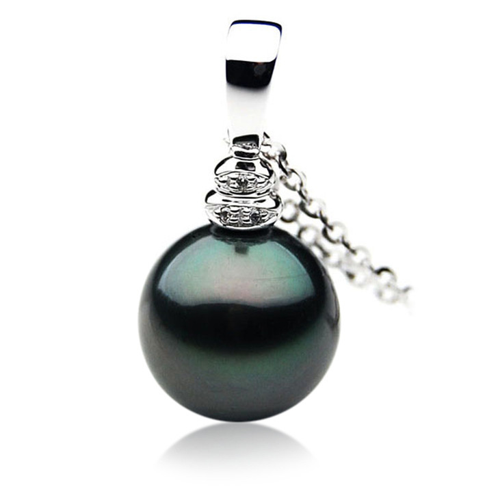 TP029 (AAA 12mm Tahitian Black pearl Pendant and Diamonds in 18k White Gold)