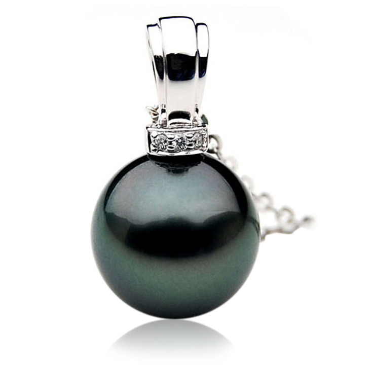 TP031 (AAA 12mm Tahitian Black pearl Pendant and Diamonds in 18k White Gold)