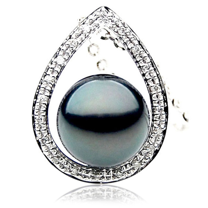 TP039 (AAA 12mm Tahitian Black pearl Pendant and Diamonds in 18k White Gold)