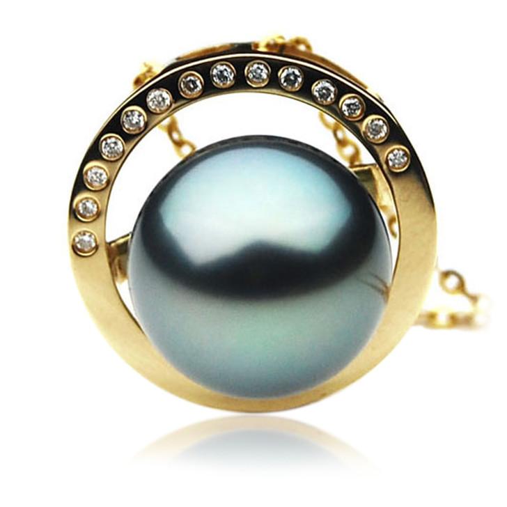TP044 (AAA 12mm Tahitian Black pearl Pendant and Diamonds in 18k Gold)