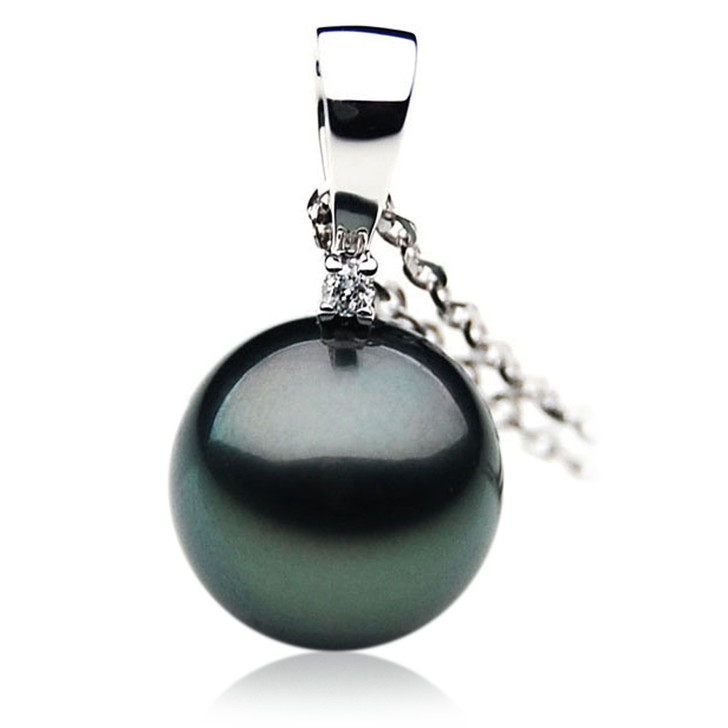 TP055 (AAA 13mm Tahitian Black pearl Pendant and Diamonds in 18k White Gold)