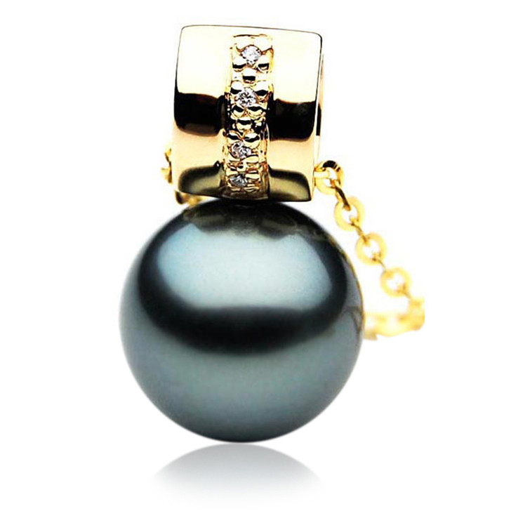 TP066 (AAA 13mm Tahitian Black pearl Pendant  and Diamonds in 18k Gold)
