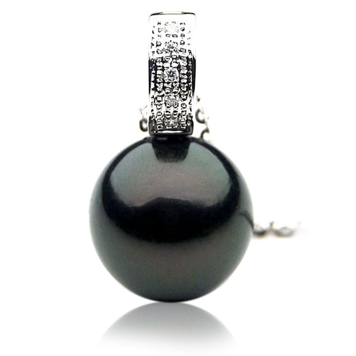 TP105 (AAA 14mm Tahitian Black pearl Pendant and Diamonds in 18k White Gold)