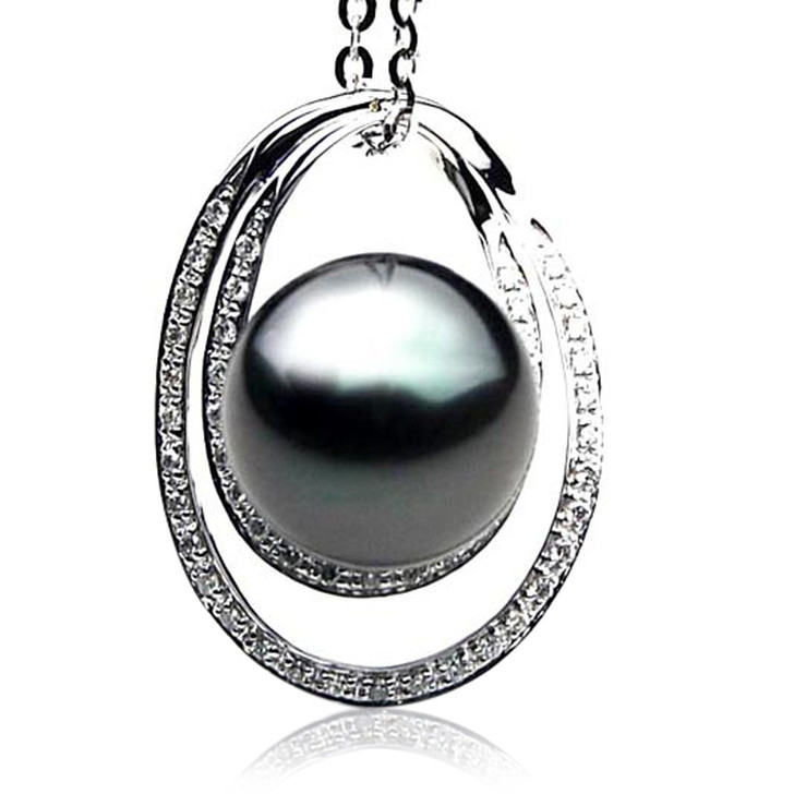 TP107 (AAA 14mm Tahitian Black pearl Pendant and Diamonds in 18k White Gold)