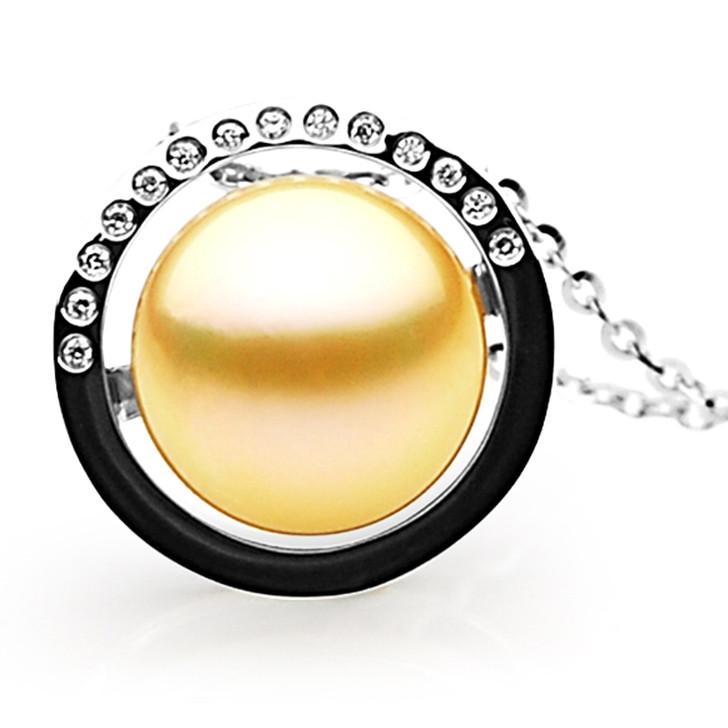 GP081 (AAA 13mm Australian Golden South Sea Pearl Pendant and Diamonds)