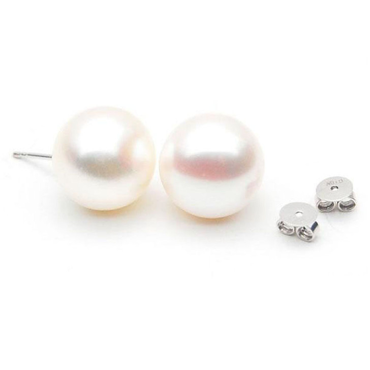 FE001  (AAA 9-10mm White Freshwater Cultured Pearl  In 18K White Gold)