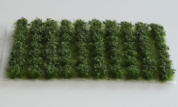 HSS 0622 - Self Adhesive Large Dark Green 'Leafy' Grass Tufts