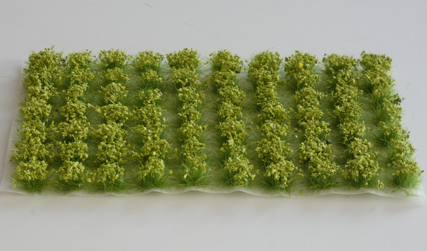 HSS 0602 - Self Adhesive Large Green 'Leafy' Grass Tufts