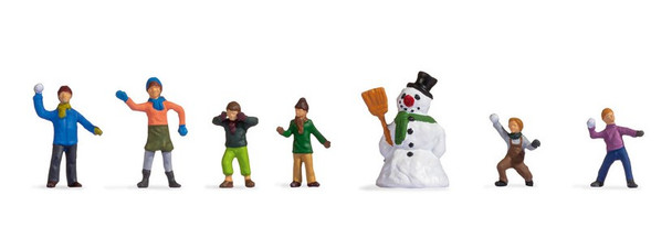NOCH 15821 Children Playing In The Snow 00/HO Model Figures