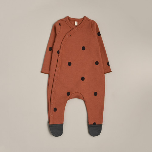 Earth dot suits
