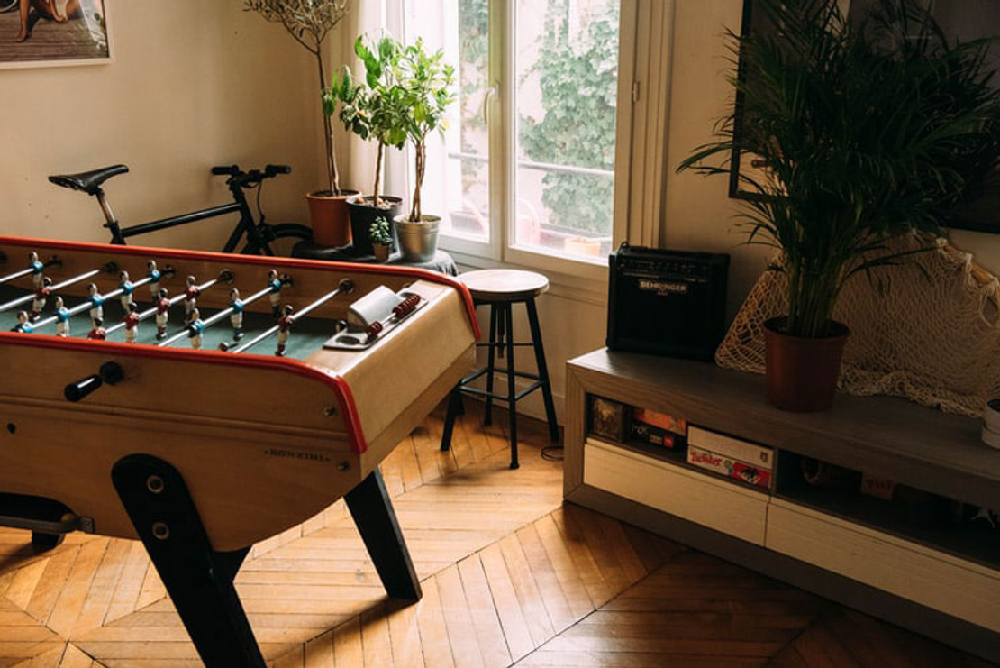 4 Game Room Decor Ideas for Any Size Space