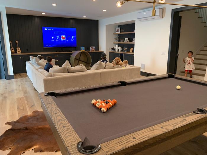 Isaac 8 Pool Table W Premium Billiard Accessories