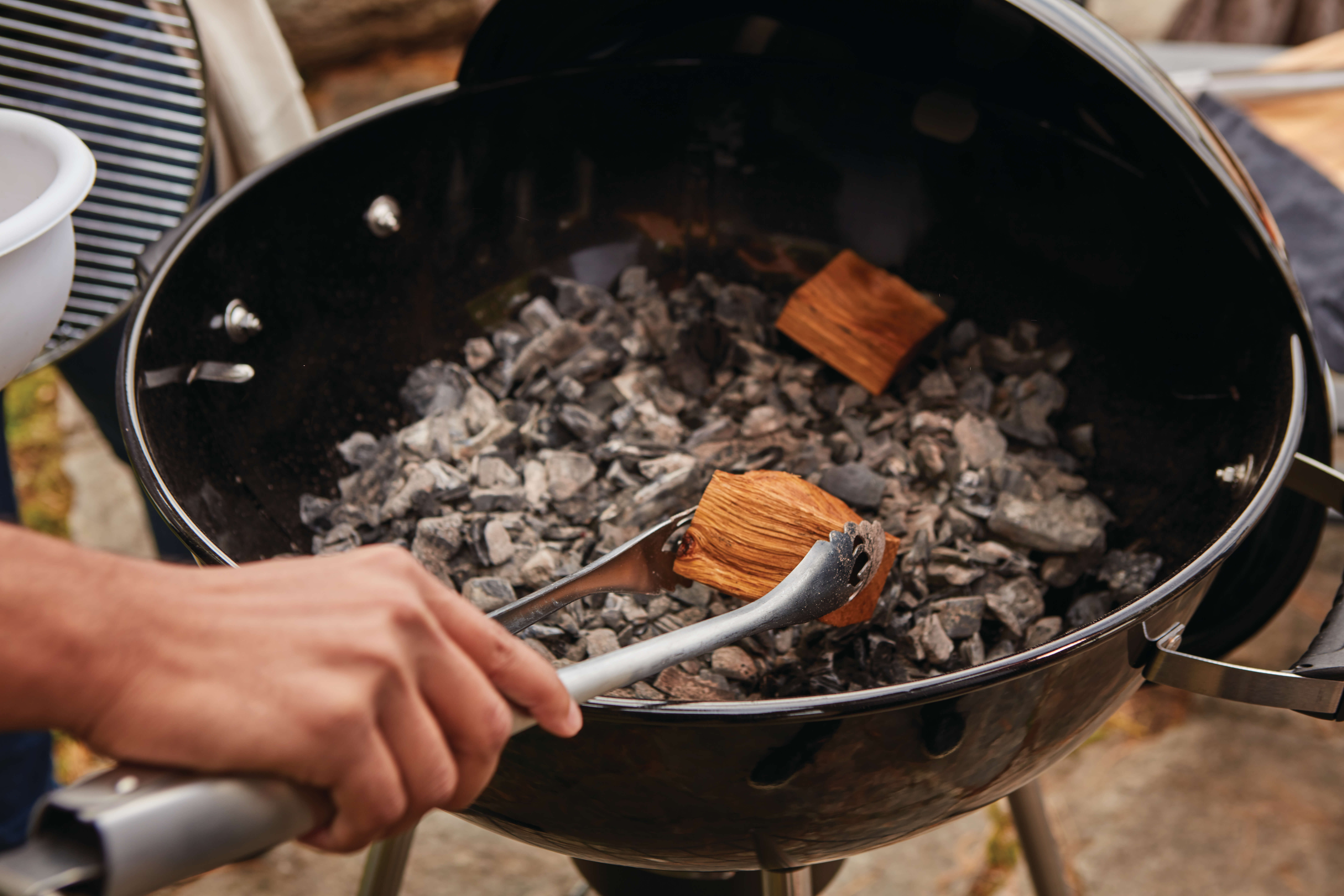 charcoal-nk22-life-detail-wood-chunks-1.jpg
