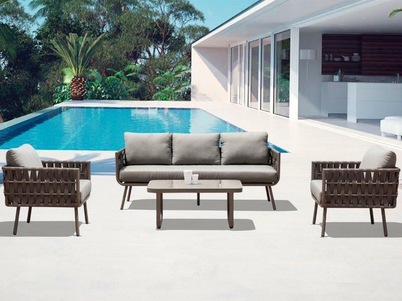 outdoor-furniture-set