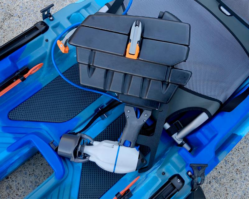 Bixpy Pod Adapter for Feelfree kayaks