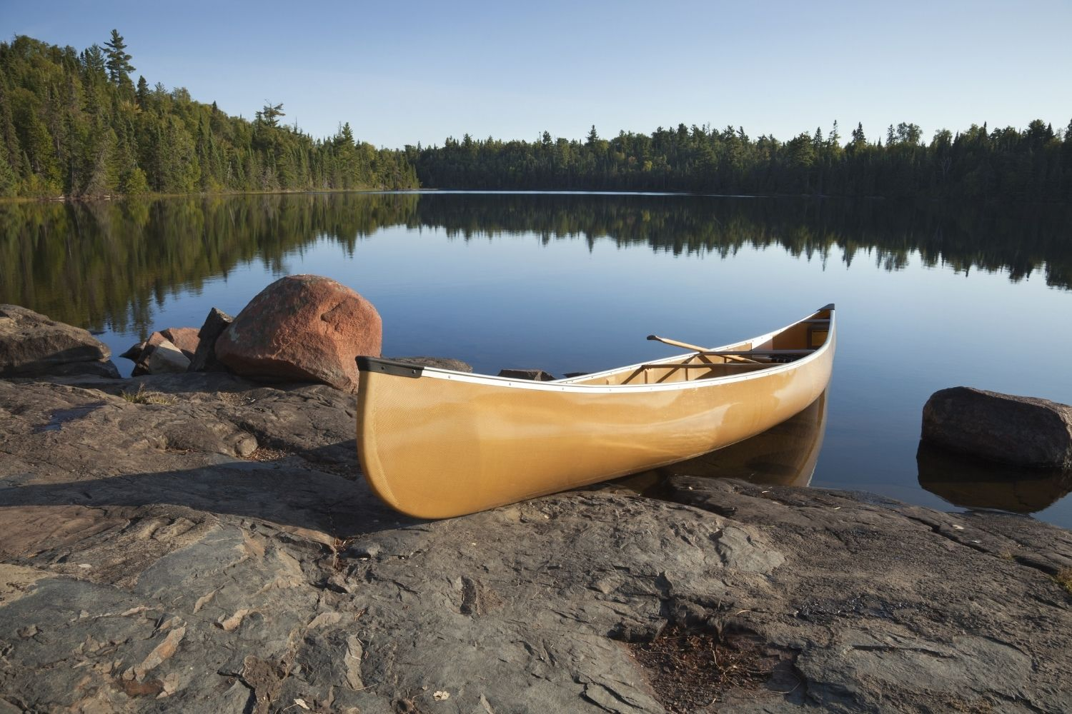 Helpful Tips and Tricks for Canoeing With Kids