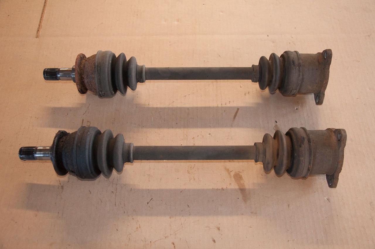 Rear axle set 3-bolt non-lsd GVR4