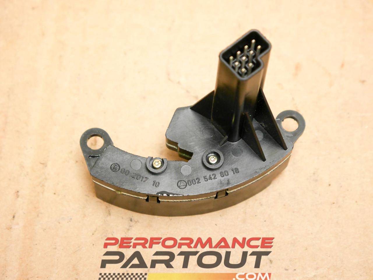 Steering angle sensor Magnum Mercedes 0025428018