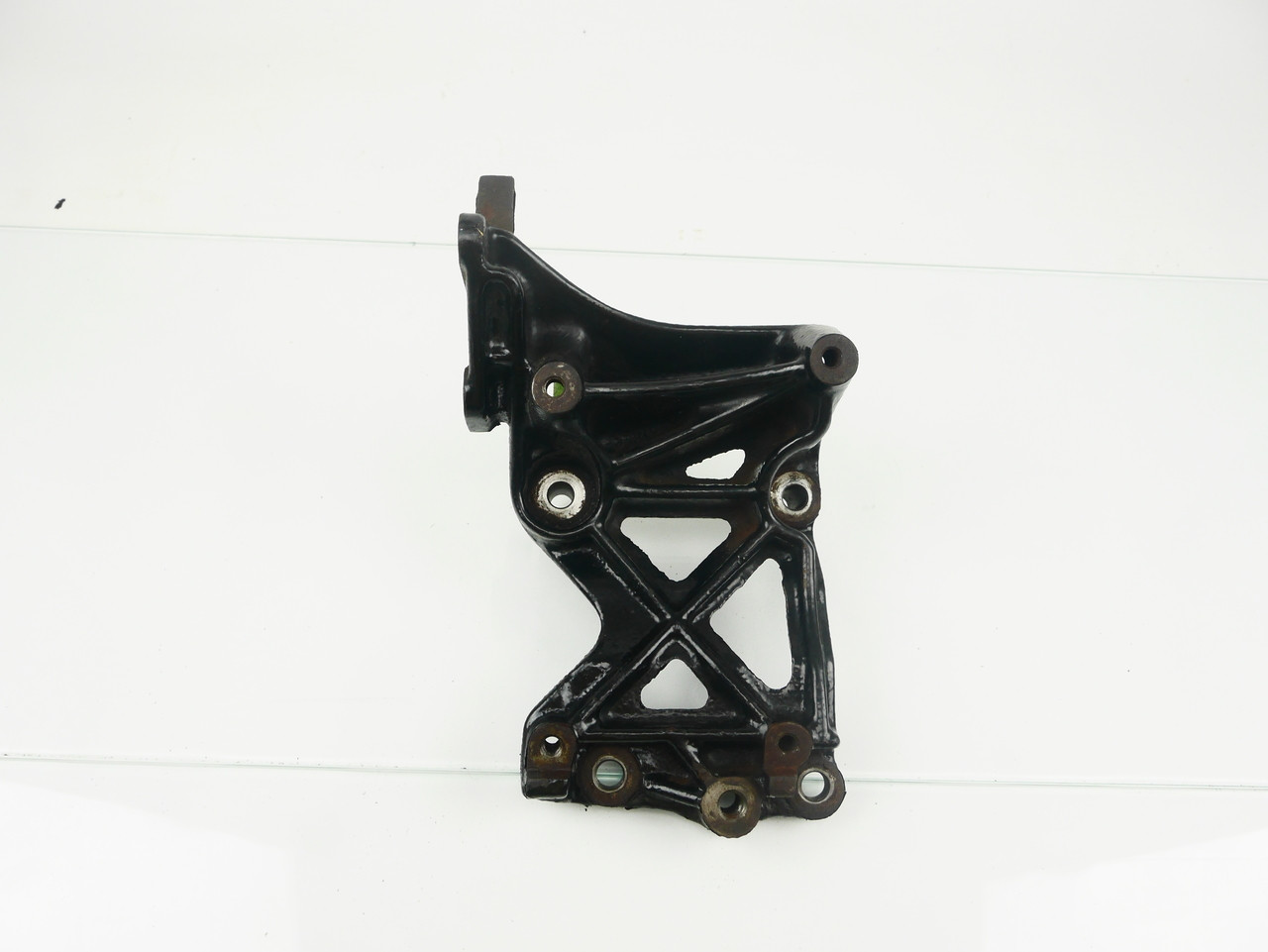 2GB AC Compressor Bracket
