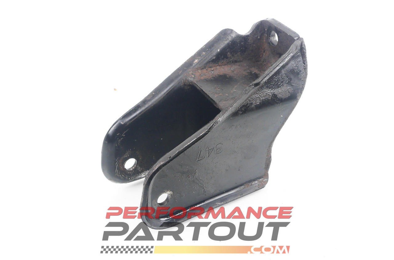 Engine mount bracket front 1G AWD MT DSM 347