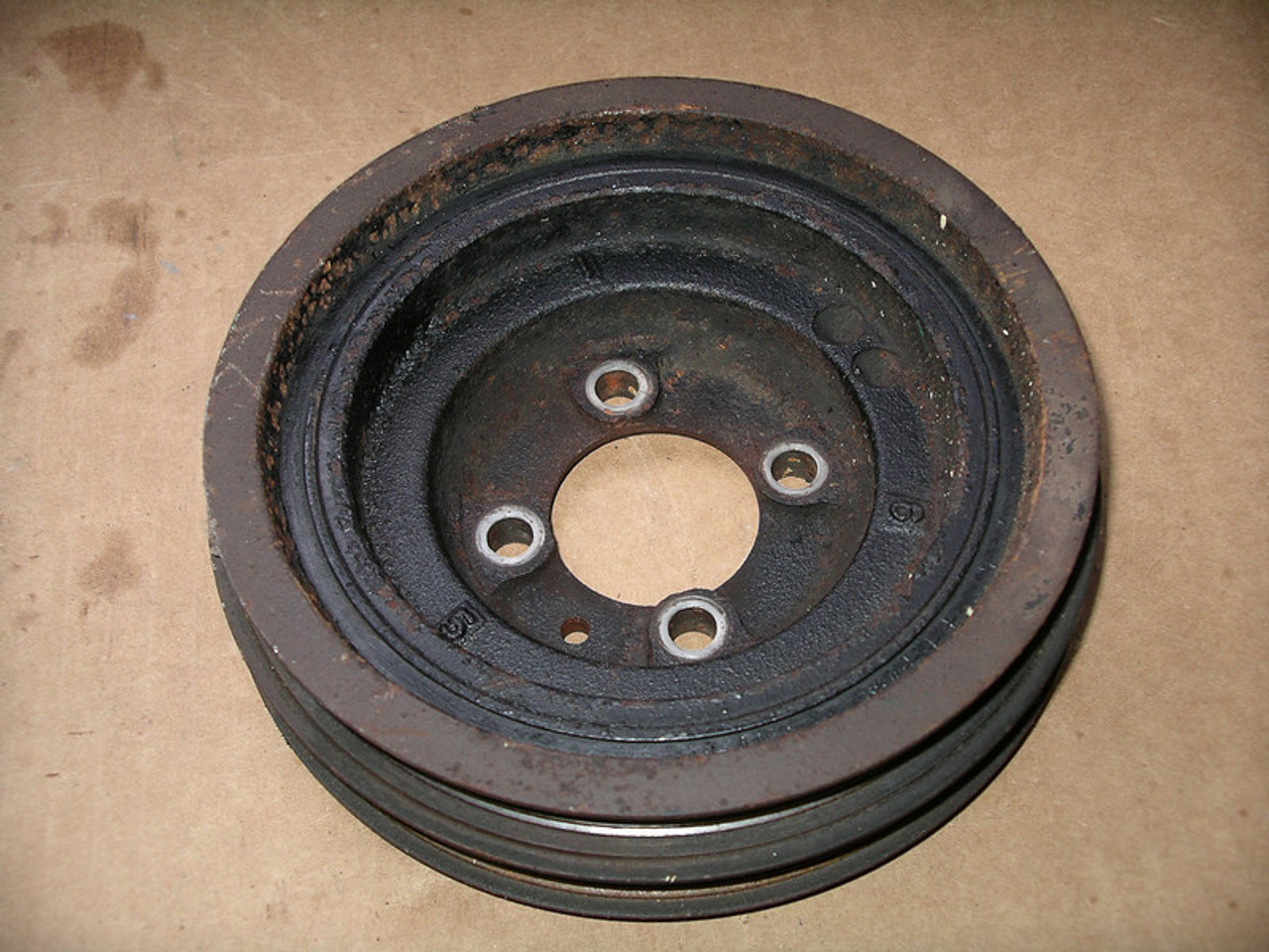 Crankshaft pulley for 6bolt 4G63 (minor damage)
